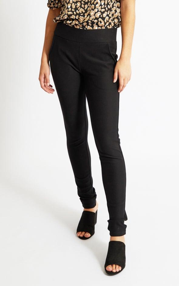 Angled Front Pocket Ponte Pant Black