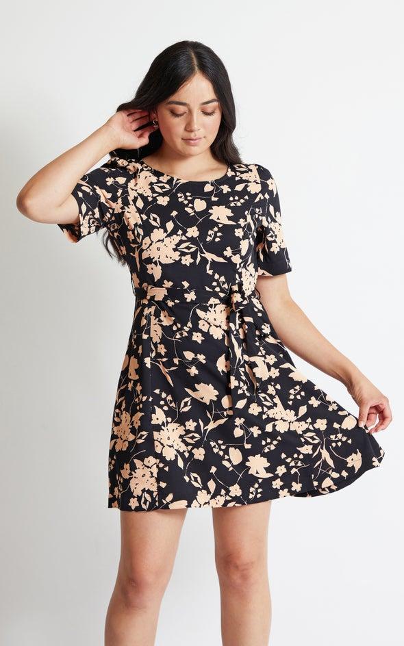 CDC Scoop Back T-Shirt Dress Black/blush
