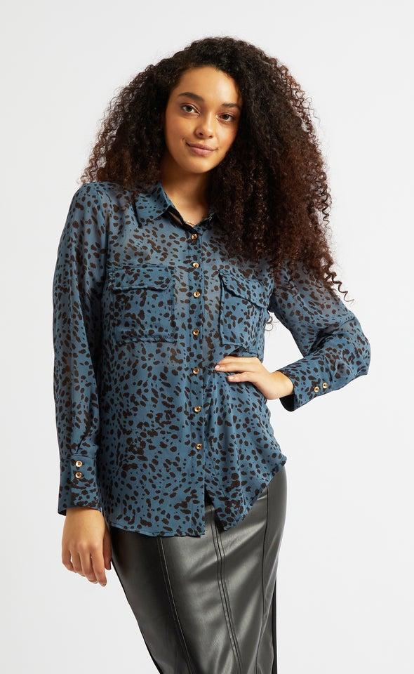 Curved Pocket Shirt