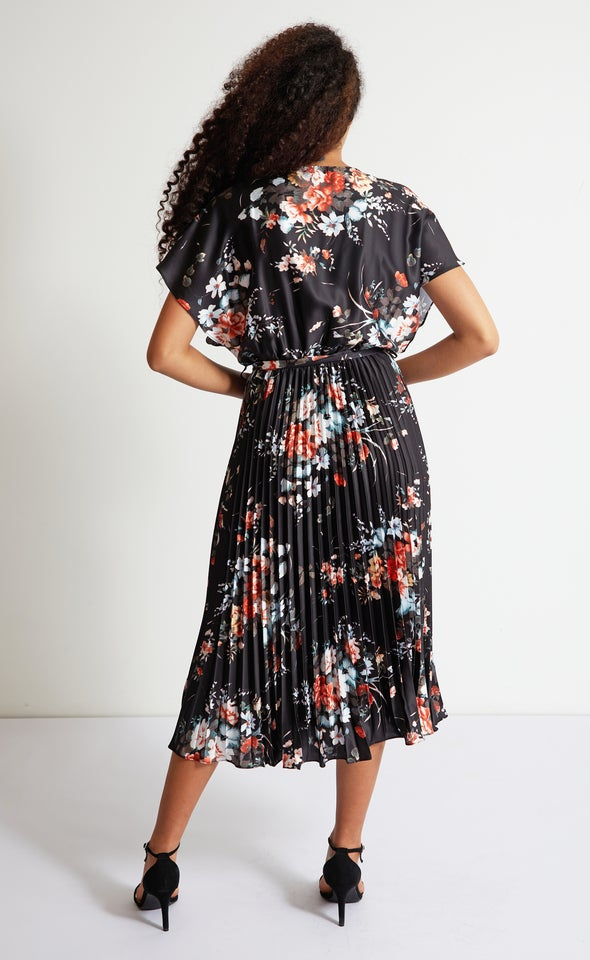 Satin Kimono Pleated Midi Dress Black/floral